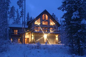 Winter Park Lodging Company - Ski Early, Save Big! :: 20% OFF 3 NIGHT STAYS, 25% OFF 4 NIGHTS OR MORE! Valid for stays between Nov. 16 - Dec. 17, 2016 (including Thanksgiving). Book Now! Offer guaranteed thru Nov. 30th only!