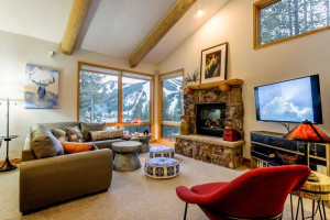 Winter Park Lodging Company | Ski-In & Out